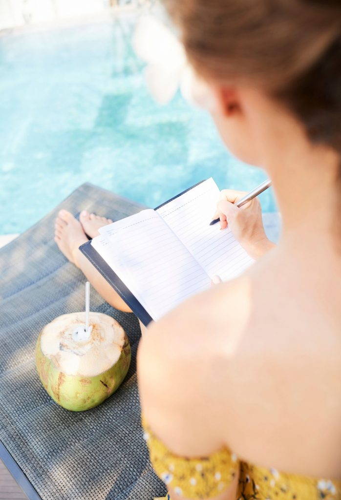 How Journaling Can Help With Emotional Eating GFMI